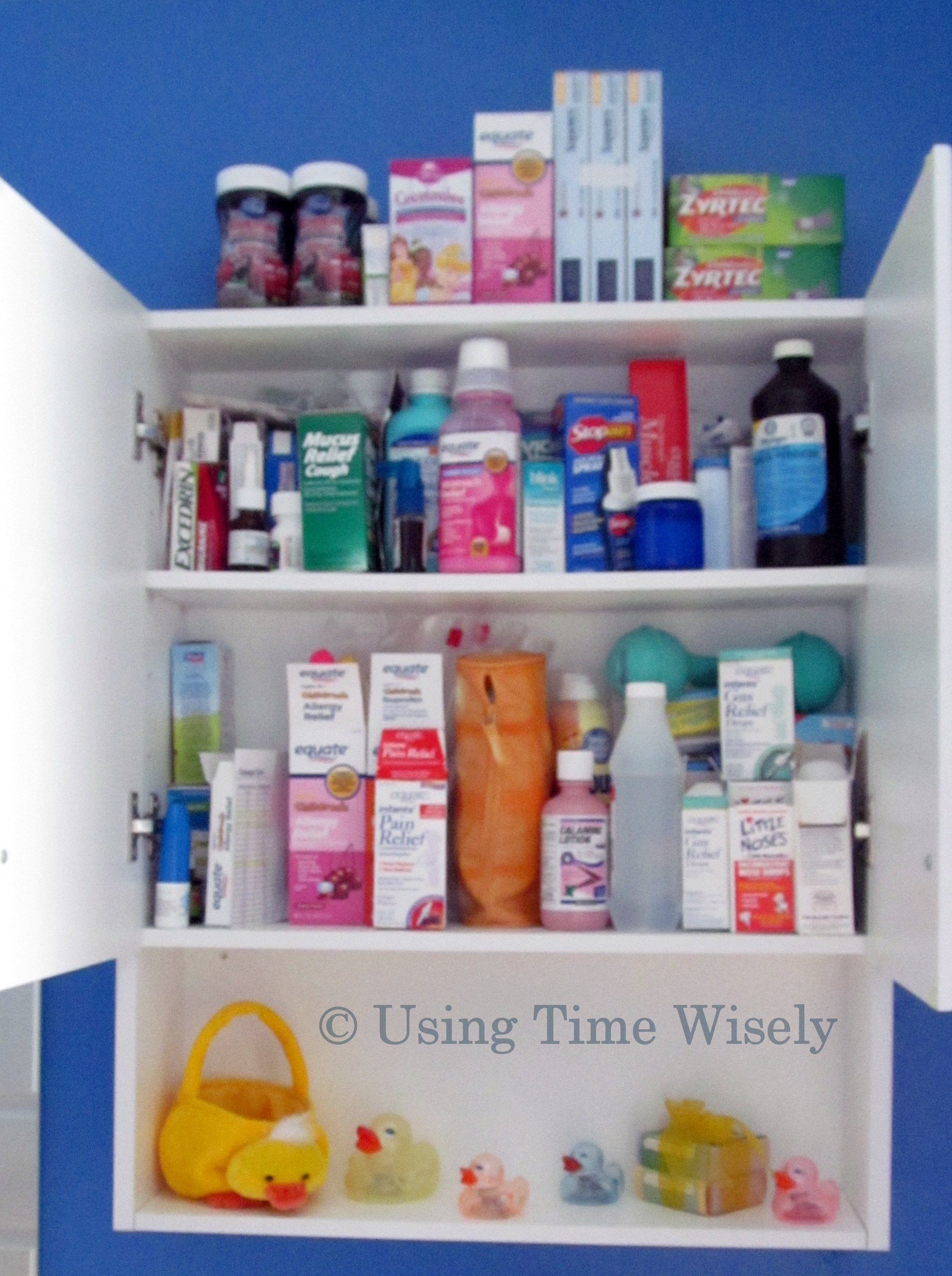 Full Medicine Cabinet Www Pixshark Com Images Galleries With A Bite